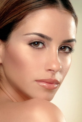 Light Makeup Tips For Wedding : Wedding Makeup Tips to be Observed Bride Sparkle